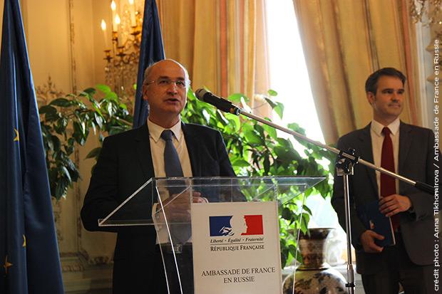 Signature-doctorat-France-Russie-ambassade