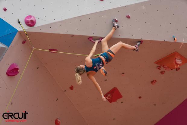 julia-chanourdie-championnats-monde-univ-escalade-2