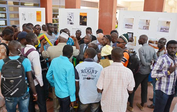 11-a-Inauguration-expo-MM-Sissoko-(de-dos),-Badji,-Girardier
