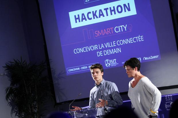 ceremonie-solenelle-de-rentree-usmb-2016-hackathon