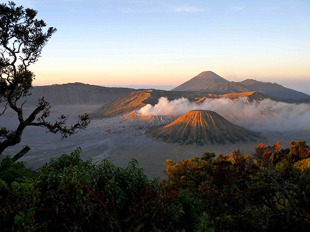 projet-indonesie-etudiant-seam-UFR_Scem_volcans_